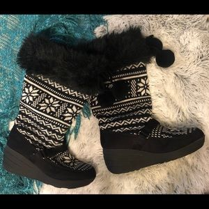 Adorable Winter Wedge Boots With Fur
